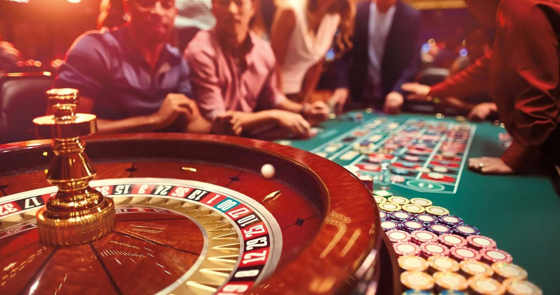 Online Gambling Cons As Well As Pros